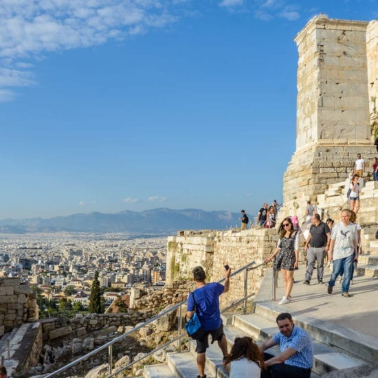 Walking tours up to the Acropolis